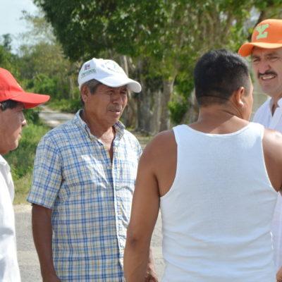 Pide Domingo Flota en comunidades rurales que voten por él porque conoce las necesidades del campo