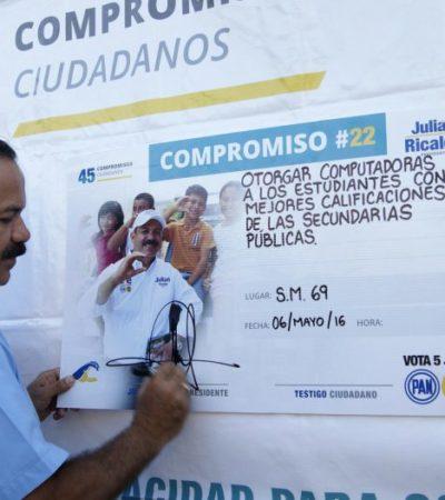 Se compromete Julián Ricalde a entregar computadoras a estudiantes con mejores calificaciones de secundarias de Benito Juárez