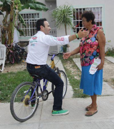 Carlos Toledo se sube a una bicicleta y afirma que impulsará la movilidad ecológica