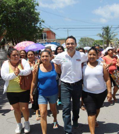 """""""Tendremos espacios públicos más limpios con la ayuda de su voto"""", dice Carlos Toledo"""