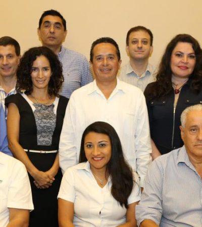 Empoderaremos a las mujeres en el gobierno del cambio, dice Carlos Joaquín; ofrecerá créditos a la palabra