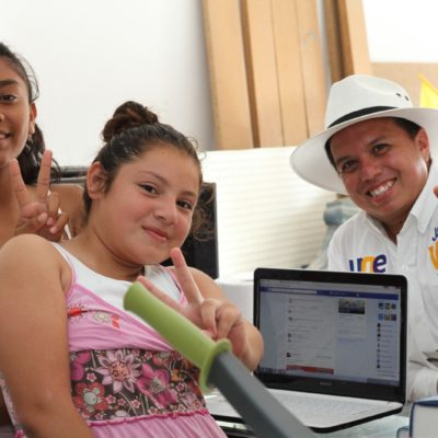 Propone Javier Vite beca salario para jóvenes que estudien bachillerato y universidad