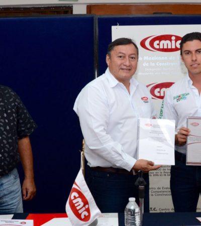 Se reúne Remberto Estrada con líderes de la construcción en Cancún