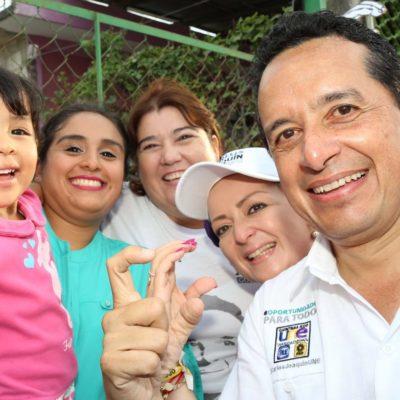 Salud cercana y equidad para las mujeres en Quintana Roo: Carlos Joaquín