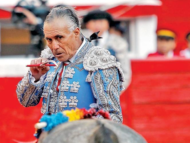 TORERO PARALIZADO TRAS CORNADA: 'El Pana' sufre fractura de la segunda vértebra, no tiene sensibilidad en las piernas y presenta una obstrucción en la médula