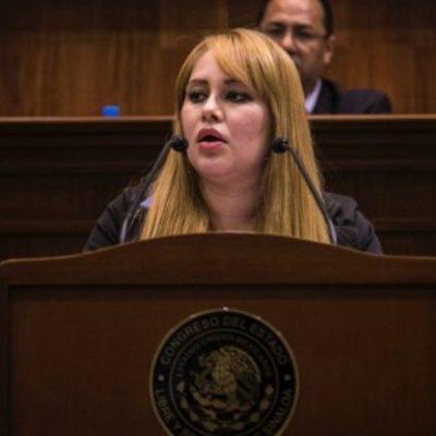 DESAFUERAN A LA 'CHAPODIPUTADA': Investigada por su cercanía con el capo, legisladores descobijan a Lucero Sánchez