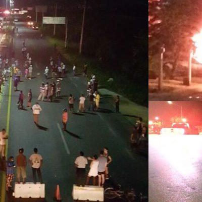 CORTAN EL AGUA EN PUERTO AVENTURAS Y LA GENTE SE ENCIENDE: Bloquean carretera tras 2 días sin el vital líquido y termina en violencia; repudian a Aguakán