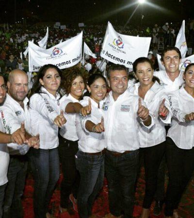 Entre tacos, tortas, kibis y las mismas promesas de siempre, Mauricio Góngora cierra campaña en Cancún