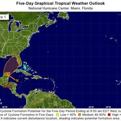 Alertan por perturbación tropical que podría afectar con lluvias la península de Yucatán en los próximos 5 días