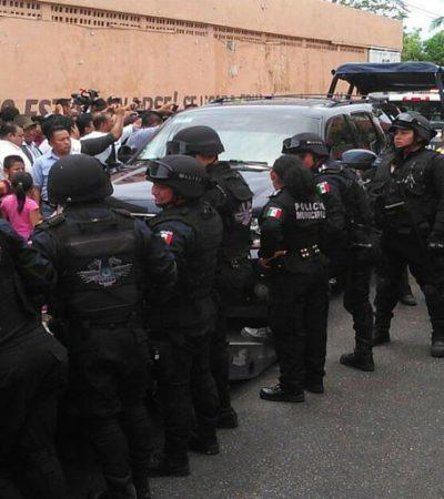 DETIENEN A SENADOR DANIEL ÁVILA POR GRABAR COMPRA DE VOTOS: Interviene Gendarmería ante alboroto en casilla de Cancún