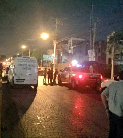PRELIMINAR | SE DESATA OTRA BALACERA EN CANCÚN: Ejecutan sicarios a un policía ministerial en la Avenida Palenque; reportan a otro agente herido