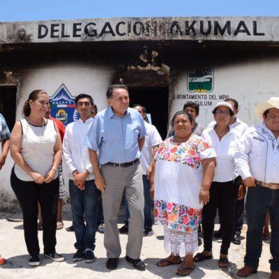 ¿OPORTUNISMO O SOLIDARIDAD?: Va Dr. Pech a Akumal y se reúne con pobladores para comprometerse con abrir acceso a las playa