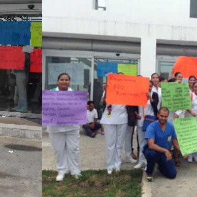 PARO EN EL HOSPITAL GENERAL DE PLAYA: Inician trabajadores de la salud huelga de 'brazos caídos' por arbitrario despido de médico Villalvazo