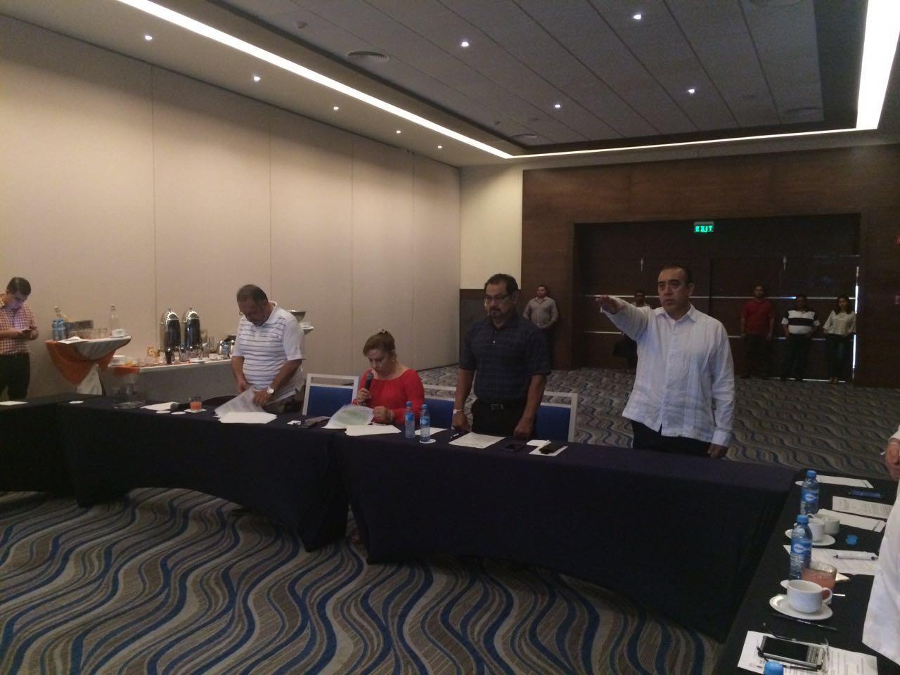 IMPONE CONGRESO FISCAL Y AUDITOR PARA 'BLINDAR' A BORGE: Nuevamente a puerta cerrada, diputados mayoritean nombramientos del 'paquete de impunidad'