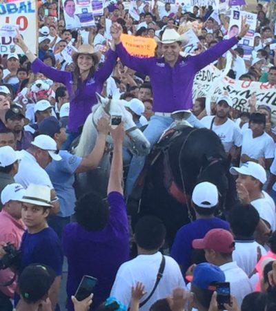 Sin escatimar en gastos, 'Greg' Sánchez termina su campaña para dividir el voto con cabalgata y 'bailongo' en la Región 221 de Cancún