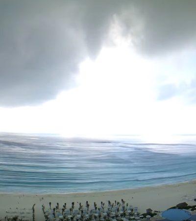Captan en video tromba marina frente a la Zona Hotelera de Cancún