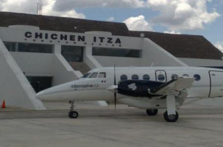 Concesiona gobierno de Yucatán a la familia Loret de Mola el aeropuerto de Chichén Itzá