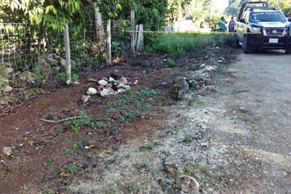 A pedradas, asesinan a sexagenario en poblado de Bacalar