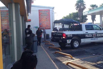 Asaltan empistolados gasolinera en Cancún y se llevan botín de $600 mil