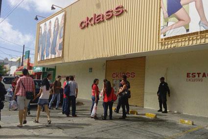OTRO BOQUETAZO EN CANCÚN: Entran ladrones a negocio de venta de zapatos por catálogo
