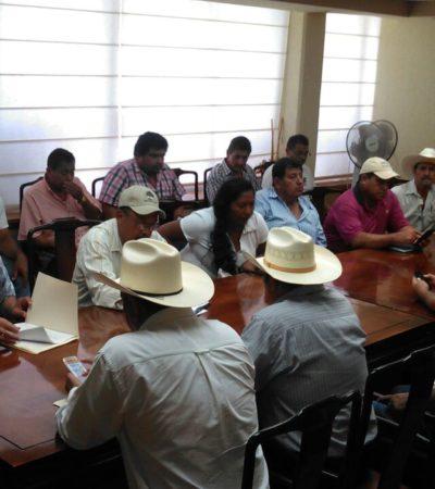 Se manifiestan campesinos en el Palacio de Gobierno en reclamo de apoyos incumplidos