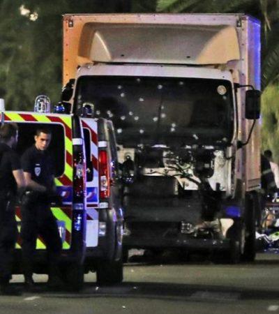 TRAGEDIA EN NIZA: En nuevo atentado terrorista, camión mata a 80 personas y deja al menos 120 heridos, 18 muy graves