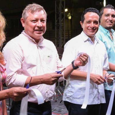 Desplaza Carlos Joaquín a Borge en el 162 aniversario de la fundación de Holbox