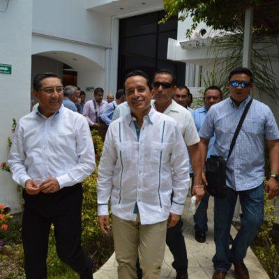 Carlos Joaquín y Peña Nieto se verán las caras este martes