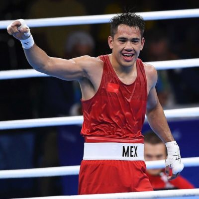 Asegura el mexicano Misael Rodríguez primera medalla para México al pasar a semifinal de boxeo