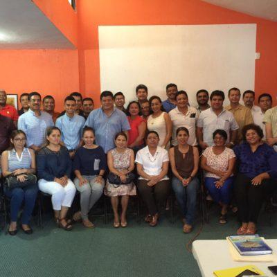 Se rodea Luis Torres de académicos de la Uqroo para integrar el Plan Municipal de Desarrollo de OPB
