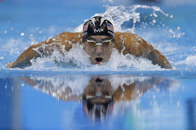 PHELPS SE BAÑA EN ORO OLÍMPICO: Gana el nadador estadounidense su cuarta medalla dorada en Río 2016 y ¡rompe récord de más de 2 mil años!