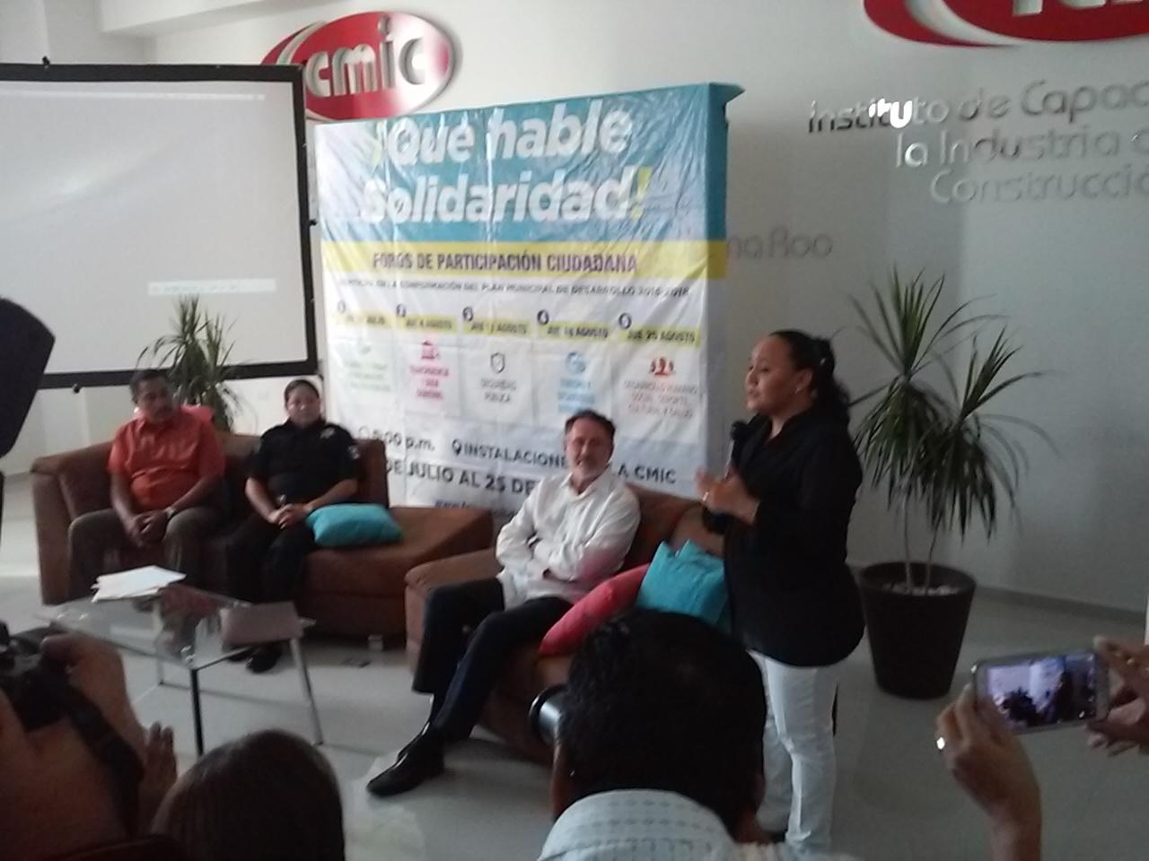 """Dice Cristina Torres que garantizará la seguridad en Playa del Carmen """"desde el primer día"""""""
