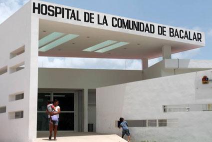 DA A LUZ A BORDO DE UN TAXI: Nace una bebé de 3 kilos cuando era trasladada a Bacalar