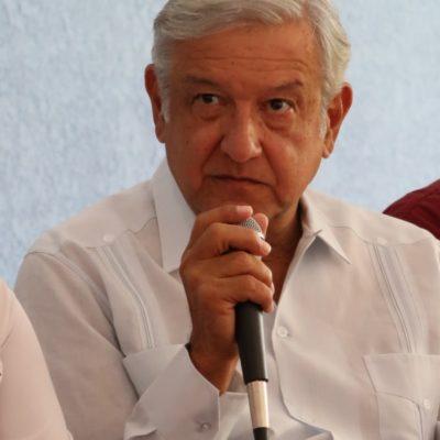 """Dice Obrador que Carlos Joaquín no será capaz de meter a la cárcel a Borge """"porque forman parte del mismo grupo"""""""