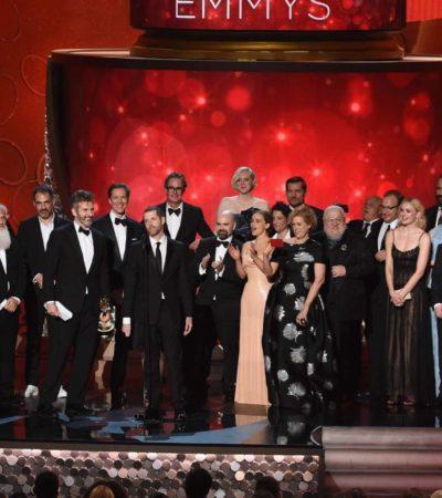 LA NOCHE DE LOS PREMIOS EMMY: 'Juego de Tronos' se impone como la serie más galardonada de todos los tiempos