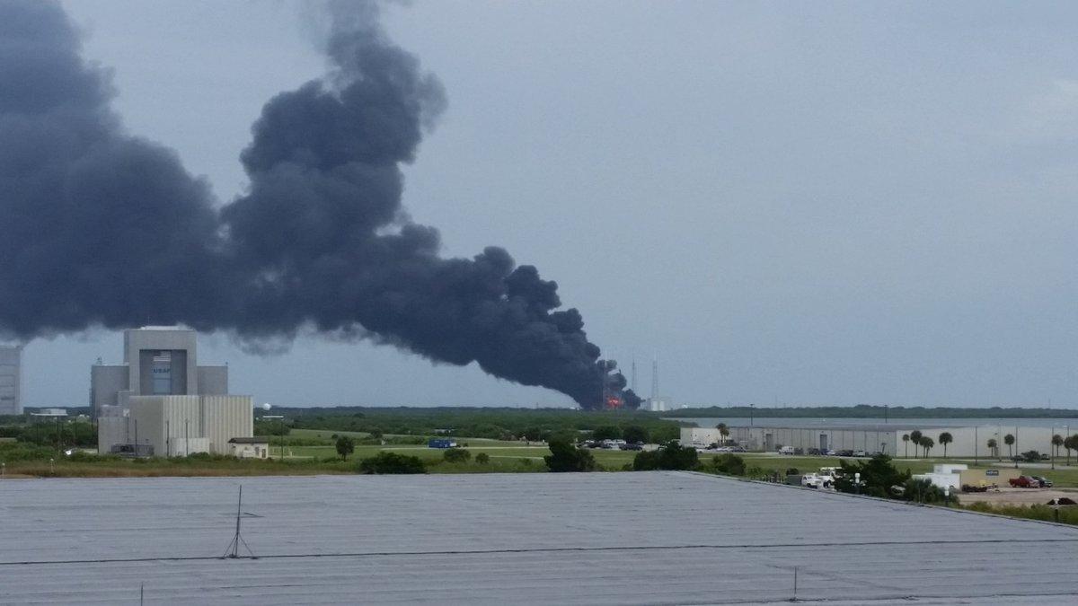 Reportan explosión en Cabo Cañaveral durante una prueba de cohetes de la empresa 'SpaceX'