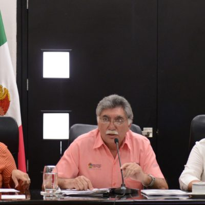 """""""YO SIENTO QUE ENTREGO LA DEPENDENCIA BIEN"""": Tunden diputados a titular de Salud en comparecencia"""