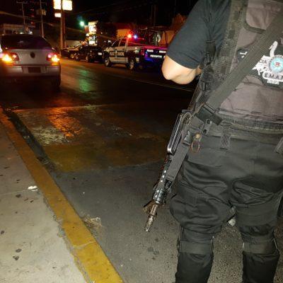 BALACERA EN LA RUTA 5 DE CANCÚN: Hieren a un agente de la policía judicial y a una mujer, según reporte preliminar