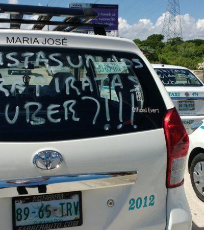 PROTESTAN TAXISTAS CONTRA UBER: Paran labores miles en Cancún y Playa para rechazar entrada de operaciones de empresa de taxis privados