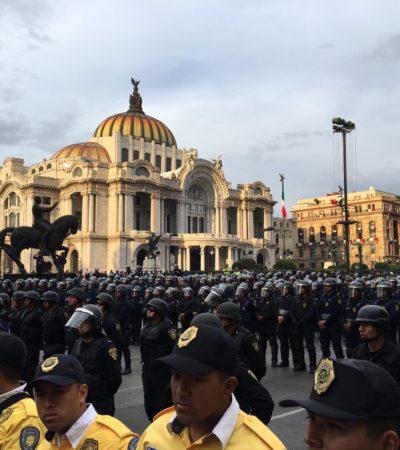 Frenan cientos de granaderos marcha de miles que exige la renuncia de Peña Nieto en la Ciudad de México