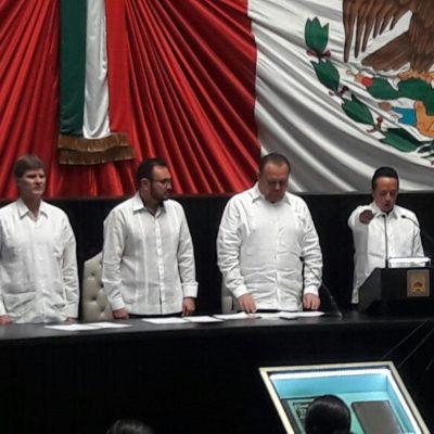 CARLOS JOAQUÍN, GOBERNADOR: Con la ausencia de Borge, rinde protesta el nuevo mandatario de Quintana Roo