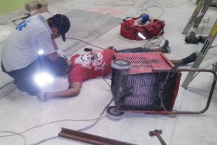 Muere obrero por descarga eléctrica en Bacalar
