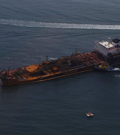 Evalúan impacto ambiental del incendio de buque petrolero frente de a Boca del Río