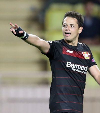 LLEGA 'CHICHARITO' A LOS 100 GOLES EN EUROPA: El delantero mexicano marcó en el empate entre Bayer Leverkusen y Mónaco en Champions Leagu