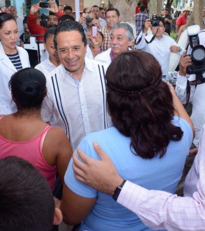 Confirma Carlos Joaquín programa 'Médico en tu Casa' en QR