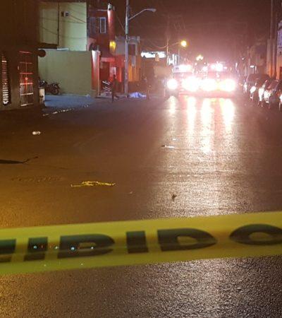NOCHE DE BALAZOS EN CANCÚN: Ataque simultáneo en dos antros deja un saldo preliminar de 3 ejecutados y 2 heridos