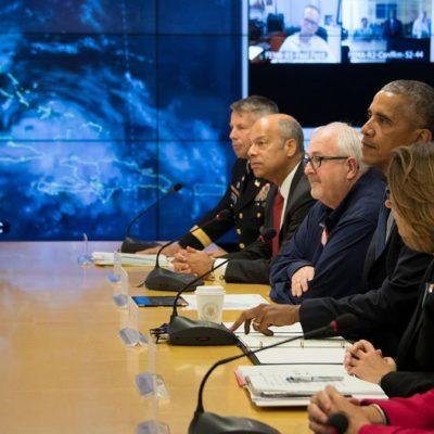 """""""ES UNA TORMENTA PELIGROSA"""": Llama Obama a """"prepararse para lo peor"""" ante la aproximación de 'Matthew'"""