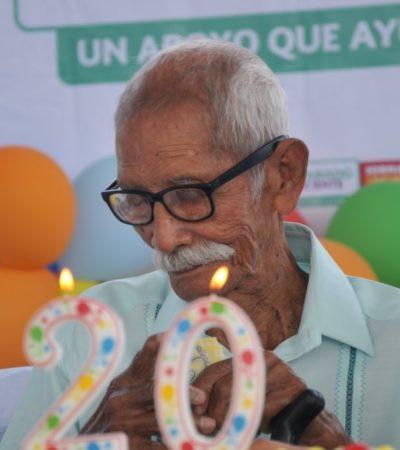 CUMPLE 120 AÑOS DON JESÚS: Celebran en Nicolás Bravo a la persona más longeva de Quintana Roo y de todo México