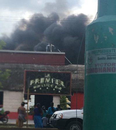 Controlan incendio en el patio del bar 'La Premier' de Cancún