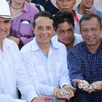 Llega titular de Sagarpa y promete Carlos Joaquín combatir desigualdad en el campo de QR